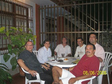 Jairo Penilla, Rigoberto Rojas, Víctor Peña, Adolfo Aponte, Jaime Suárez y Joaquín Ramírez.