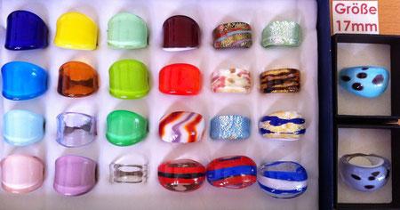 Murano Glasringe Größe 17mm, Abverkauf um 6,- pro Ring, manche Ringe sind Einzelstücke, manche sind mehrmals vorhanden