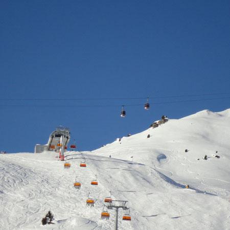 Bergstation Sesselbahn Blausee