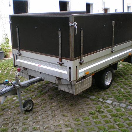Specialaufbau Werksatthänger mit Werkzeugbox unterbordig