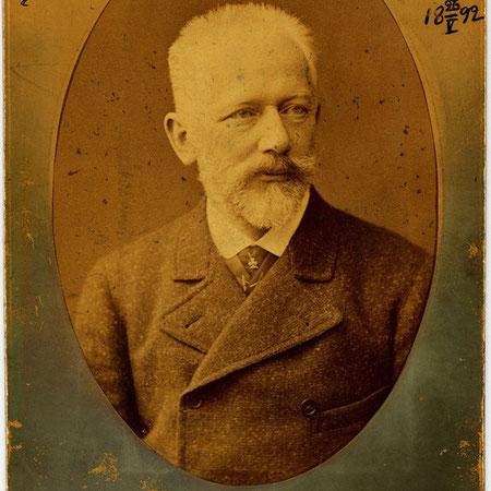Fotografía firmada por Tchaikovsky.