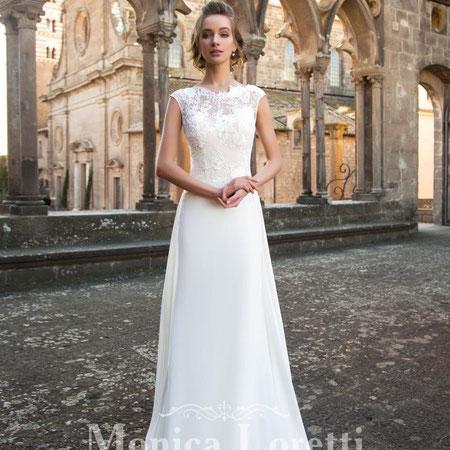 elegant Brautkleider myLovely München Designer rückenfrei Spitze Schultern bedeckt Wiese Knopfleiste Monica Loretti schlicht