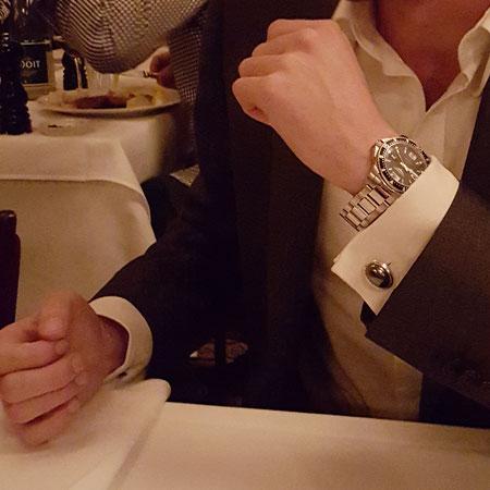 Luxus Manschettenknöpfe mit Hämatit gefasst in Sterlingsilber