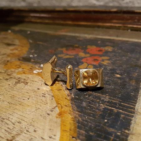 Goldene Manschettenknöpfe mit Citrin, individuell angefertigt