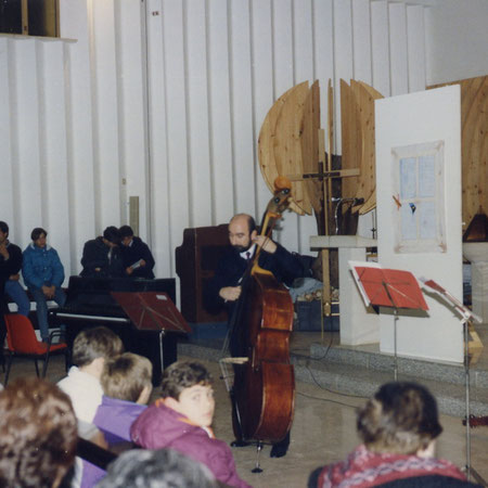 The unique maestro Michele CELLARO when played alone his histories with double bass.