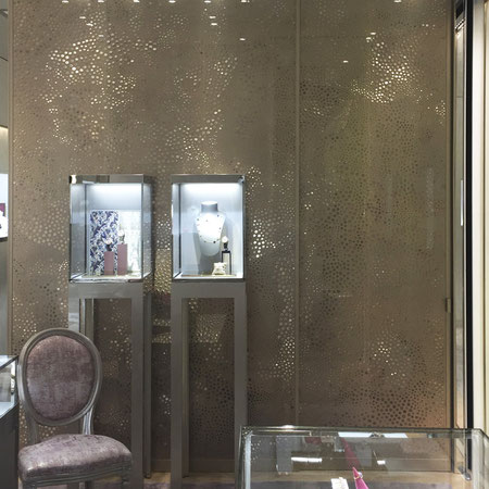decorative-metal-panels-designed-Alissa-Nienke-for-Dior-Manufactured-Caino-Design