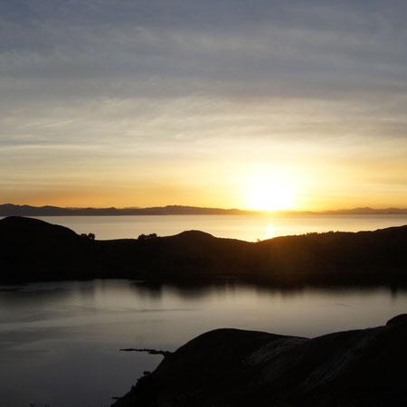 Den Sonnenuntergang auf der Sonneninsel im Titicacasee erleben mit BOLIVIENline
