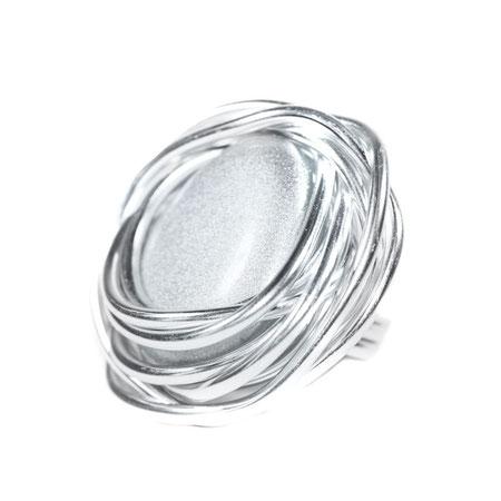 Wunderschöner Ring mit Modeschmuck-Stein. Extravaganter Modeschmuck designed by My-Levanjo.
