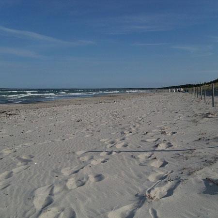der Strand außerhalb der Badesaison (in der Saison können dort auch Strandkörbe gemietet werden)