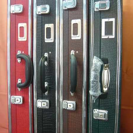 ハードケース  各7,000円 黒・緑