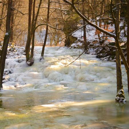 Fluss Selke Wasserfall bei Alexisbad ( Harz )
