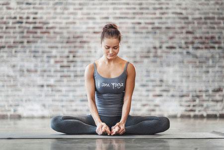 Gesundheit,  Health,  Yoga, Unternehmen, Businessyoga, Yogaarbeitszeit, Arbeitszeityoga,  kein Stress, kein bock, Kein Bock, Bock, Frauen, Männer, Man, Mann, Frau, manchmal, Kollege, doof, schlau, gesünder, nicht gesund, Teambuilding, Teamspirit