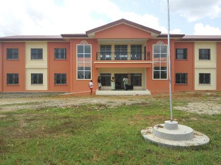 Kye-Ossi, Hotel de ville
