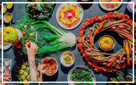 Lust auf griechische Küche, dann besuche unseren veganen Kochkurs in der Kochschule Kurkuma.