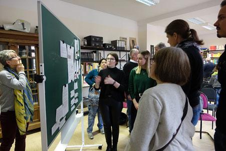 Studierende stellen ihre Arbeit zu Antisemitismus im Stadtarchiv vor 2020 (mb)