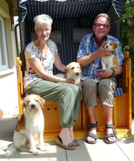 Wir holen unsere Bijou ab - ein Abschiedsbild mit Mama Wurzel und Onkel Tuba