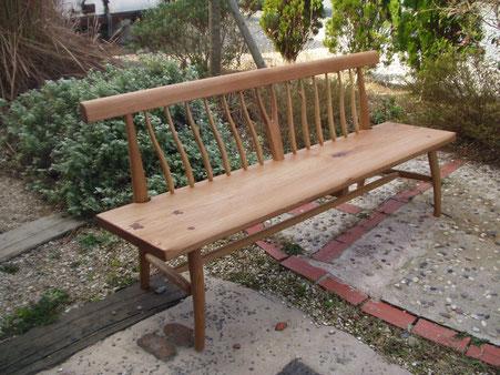 木の椅子 木のベンチ シンプル 大きめ 背もたれ