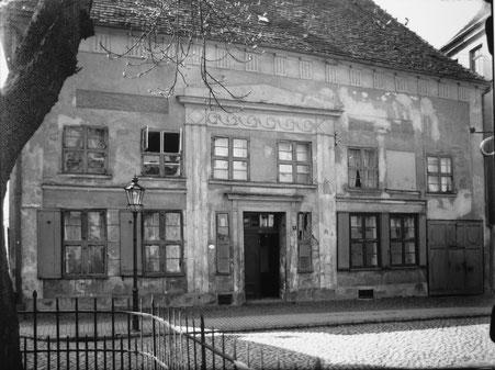 Erste öffentliche Postanstalt in Mecklenburg, Grüner Winkel 4