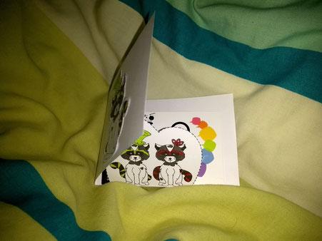 Carte à rabats simples sur le thème des ratons laveurs réalisée par l'illustratrice Cloé Perrotin