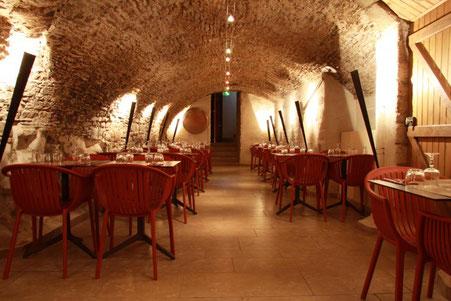 Restaurant Groupe, Salle cave voutée capacité jusque 50 personnes