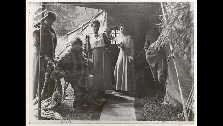 Sarah Bernhardt. Source: Centenaire.org