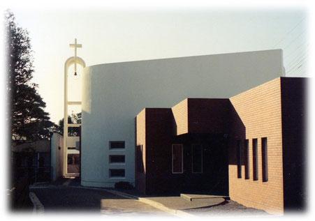1976年 献堂式当日の現聖堂