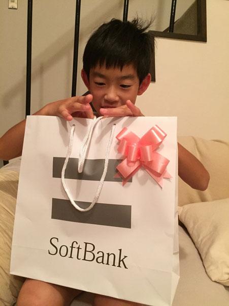 """7月3日が息子さんの誕生日なんですけど""""プレゼント受け渡しの儀""""を日曜日にしてくれとせがまれる、、、月曜日は塾で遅くなるし、、まあ一日早くてもいいかと日曜日に誕生日をした、。w"""