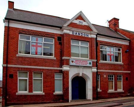 Im Film organisieren die Arbeiter ihre Streiks in der heutigen Dawdon Miners' Welfare Hall, Mount Stewart Street, Dawdon, County Durham