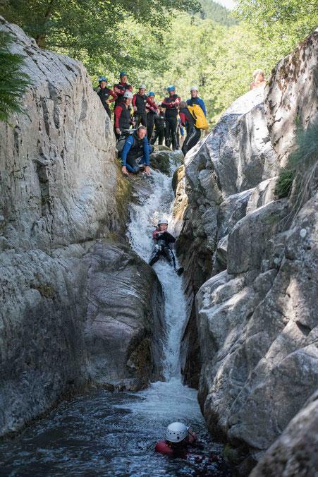 canyon ardeche besorgues toboggan