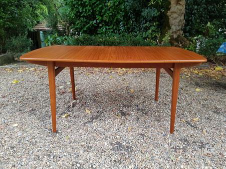 Table à rallonges en teck scandinave danish design
