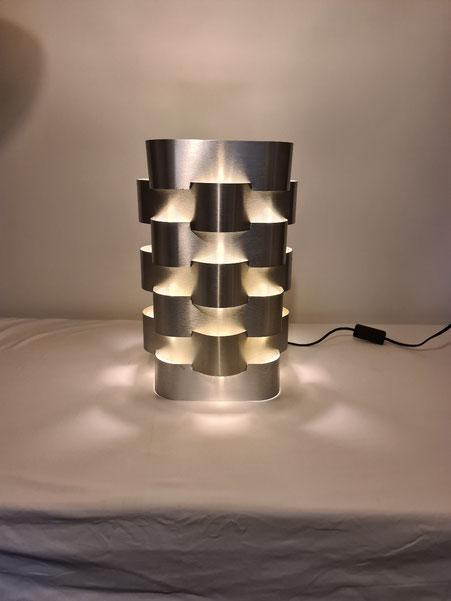 Max Sauze lampe en aluminium vers 1970
