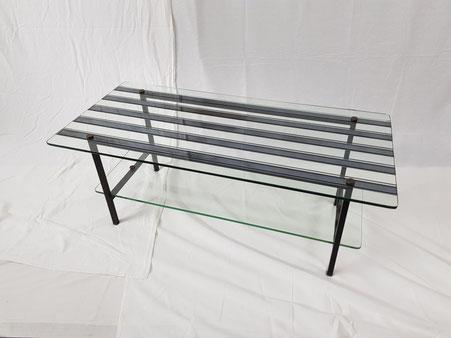 Table basse française des années 50 verre mercurisé