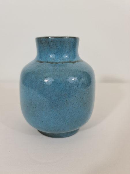 Vase en céramique émaillé bleu Jacques et Dani Ruelland 1970s jouve jolain blin capron