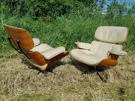 Charles et Ray Eames Paire de Lounge Chair édition Mobilier international herman miller