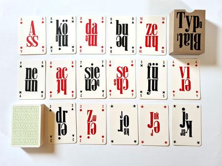 Das TypoBlatt mit 58 Spielkarten und 6 Joker