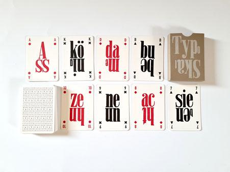 Das TypoSkat mit 32 Spielkarten