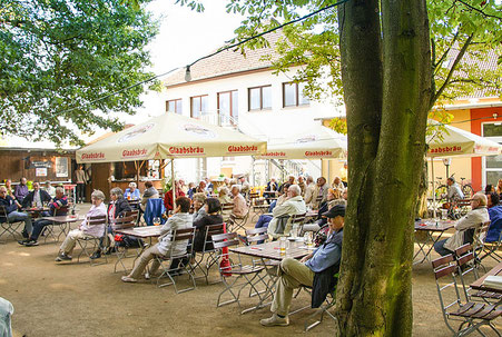 Musikalischer Nachmittag mit Talkrunde zwischen Landratskandidat Carsten Müller, Moderator Karl-Heinz Stier und Bürgermeisterkandidat Halil Öztas am 04.09.15