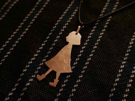 女の子 真鍮ペンダントネックレス 京都手づくり市にて販売します