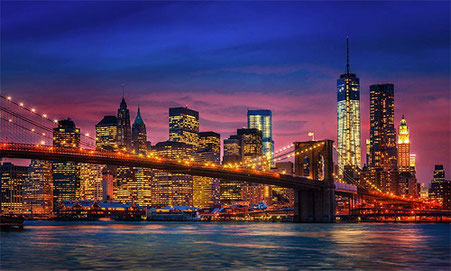 Die Brooklyn-Bridge bei Nacht
