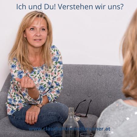 Workshop, Kommunkation und Zuhören, Frau, Blond, Sympathisch