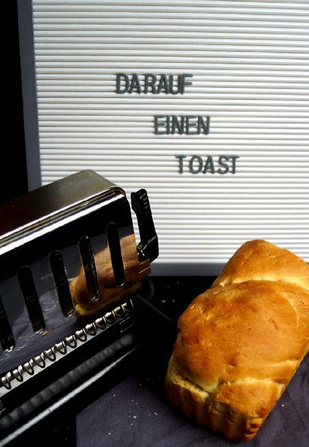 Darauf einen Toast! Buttertoast, um genau zu sein!