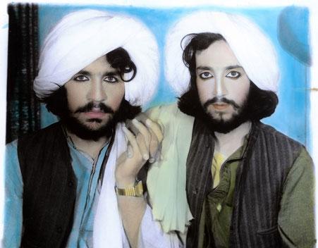 © Collection T. Dworzak/Magnum Photos. Thomas Dworzak, Taliban portrait. Kandahar, Afghanistan, 2002