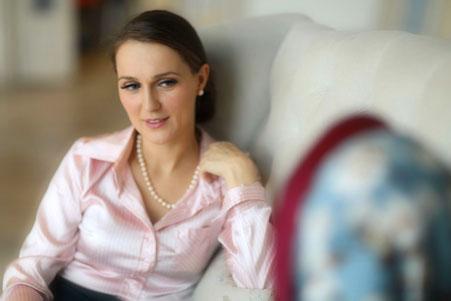 женщина-психолог фото консультации у Светланы Гриневич