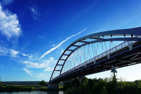 Brücke über den Main bei Niederberg und Sulzbach