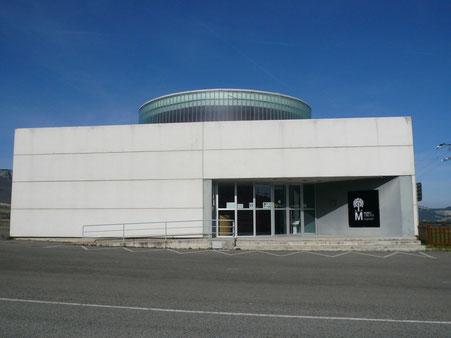 Trüffelmuseum - Truffle Museum Navarra - Das erste Nationalmuseum, das dieser kostbaren Frucht, der Trüffel, gewidmet ist, befindet sich im 11 km entfernten Allín-Tal