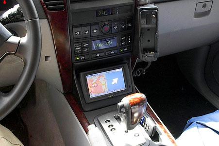 monitorkonsole im Kia sorento für Navigationsmonitor von clarion