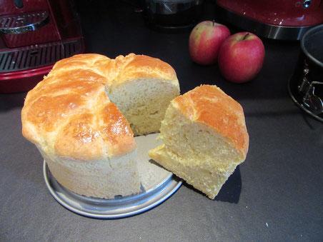 Brioche moelleuse pomme-cannelle