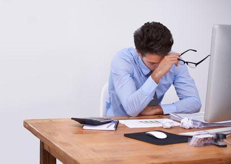Gesundheit,  Health,  Yoga, Unternehmen, Businessyoga, Yogaarbeitszeit, Arbeitszeityoga,  kein Stress, kein bock, Kein Bock, Bock, Frauen, Männer, Man, Mann, Frau, manchmal, Kollege, doof, schlau, gesünder, nicht gesund, Teambuilding, Teamspirit, Gesundhe