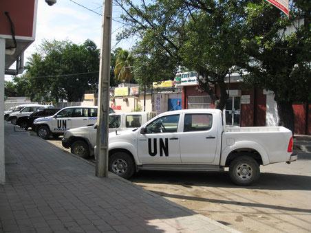 Dili - agosto 2009 - si nota la presenza dell'ONU