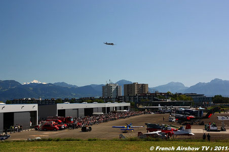 Spotter Day Lausanne DC-3 Montagne Fete de l'air 2011 centenaire Su-26 PC-7  french airshow tv ov-10 bronco